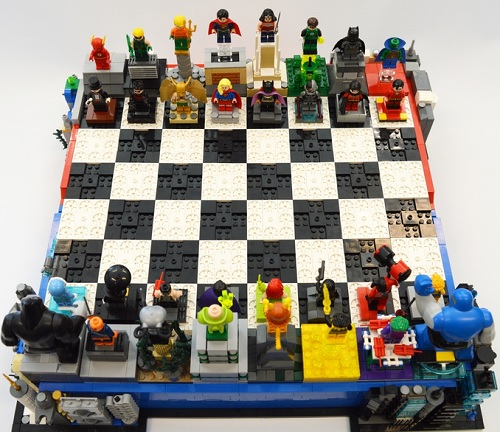 DC Heroes / Villains Chess Set
