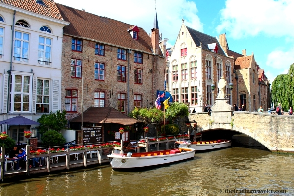 canal boat cruise bruges