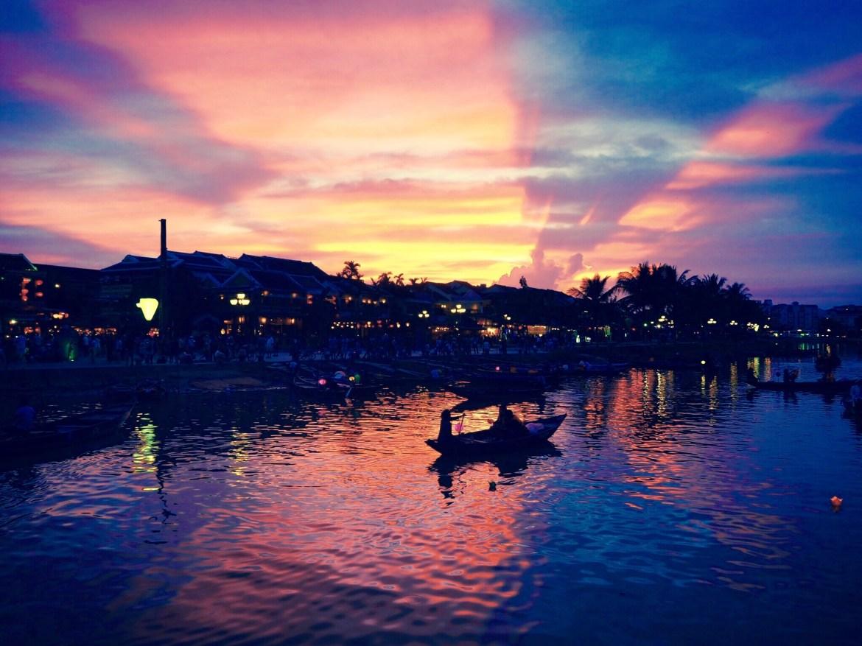 img 7073 - Hoi An - 夕焼けとランタンの灯。ふと恋に落ちたノスタルジックな街ホイアン