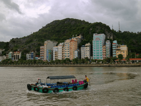 , Prepare for Upcoming Vietnam Posts!, The Travel Bug Bite