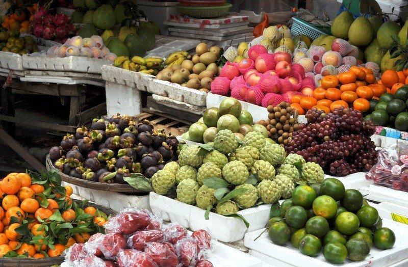Vietnamese Fruit Stall