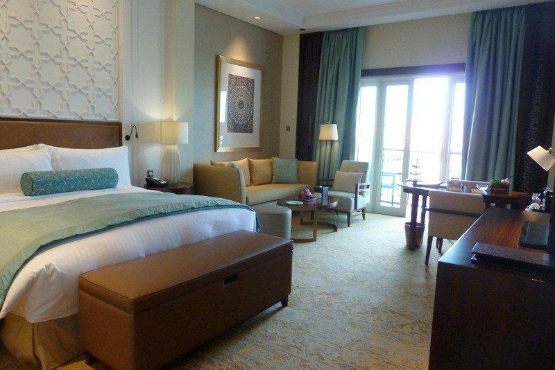 Ritz-Carlton-deluxe-room