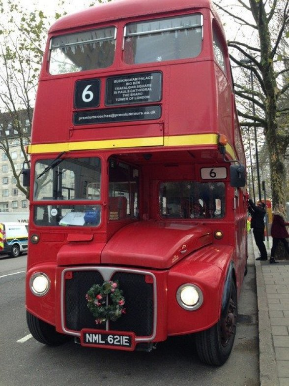 red-routemaster-bus
