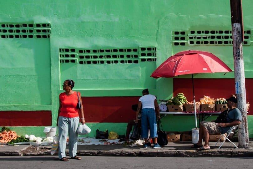 basseterre-street-stall
