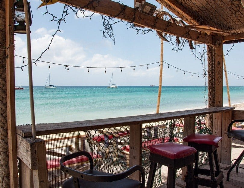 Bar-on-the-strip-st-kitts