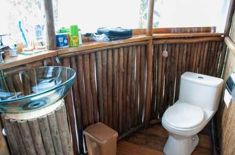 jungle treehouse bathroom