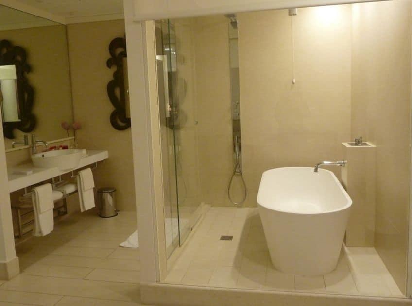 Gran Melia Villa Agrippina, Rome, bathroom