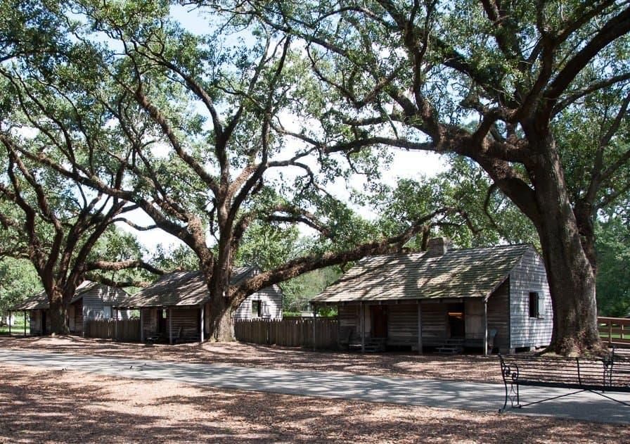 Slave exhibition at Oak Alley