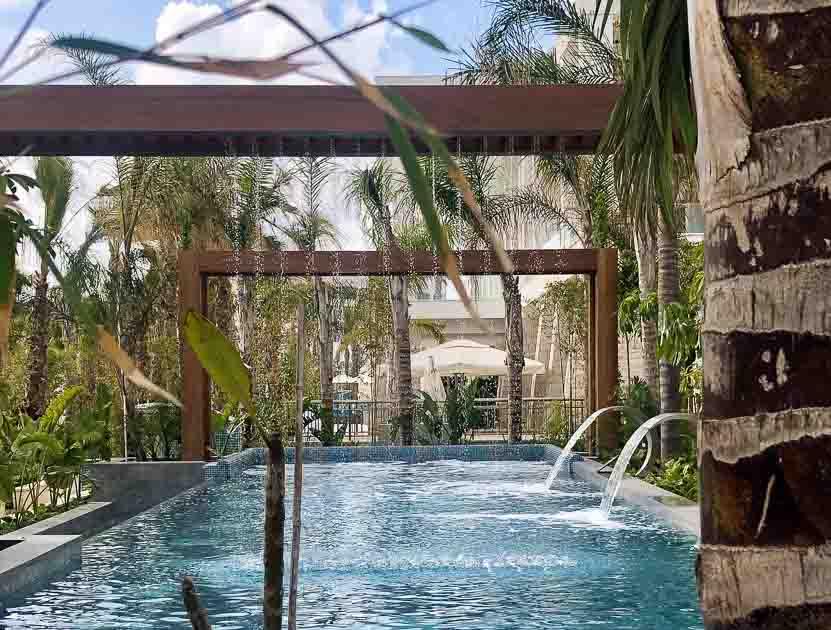 Wellness Pool, Amavi Hotel
