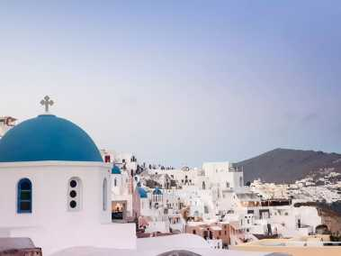 A guide to Santorini – how to plan the perfect trip