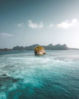 Trip-to-Raja-Ampat-Indonesia