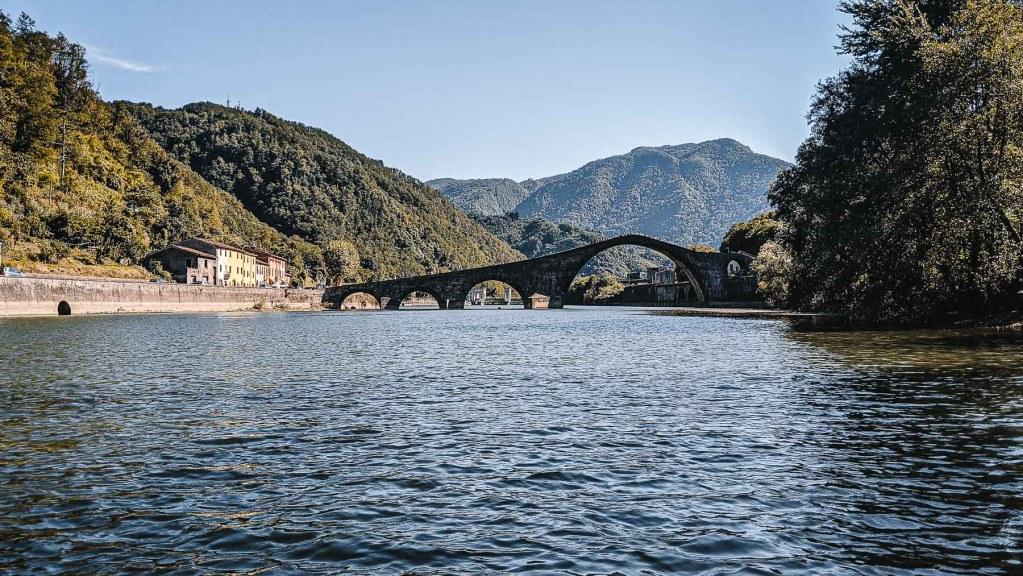 Teufelsbrücke Lucca Toskana