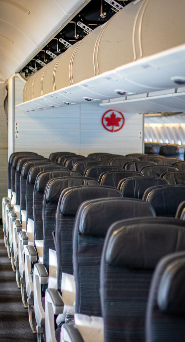 Air Canada Boeing 777 Economy Class-3