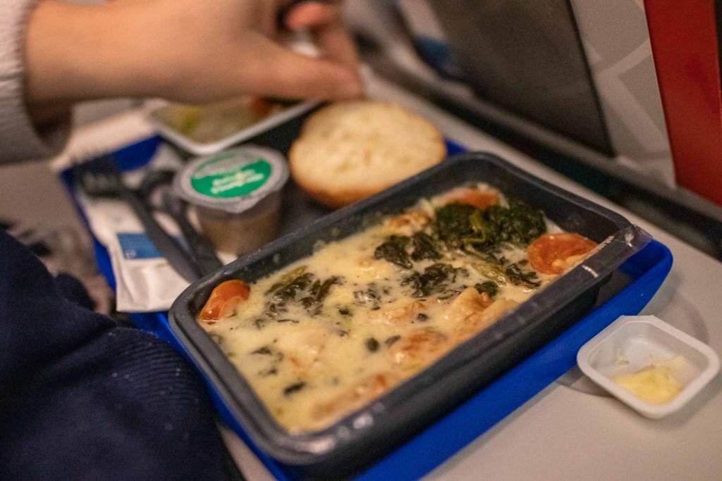 United Airlines Basic Economy Class Service und Mahlzeit-3