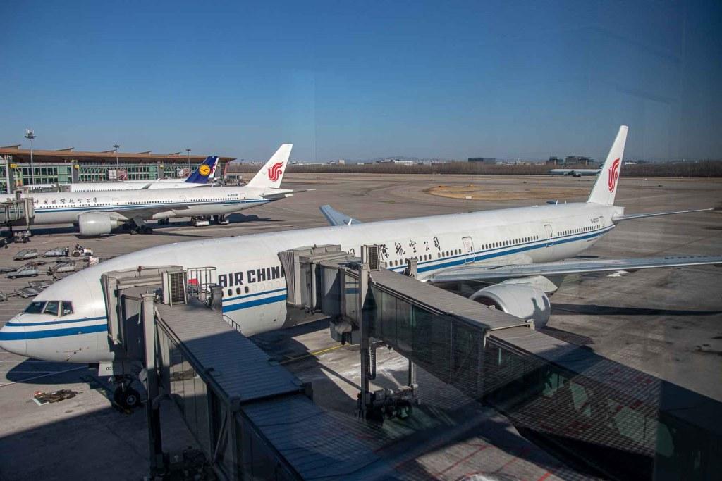 Air China Boeing 777-300ER B-2037 Business Class-2