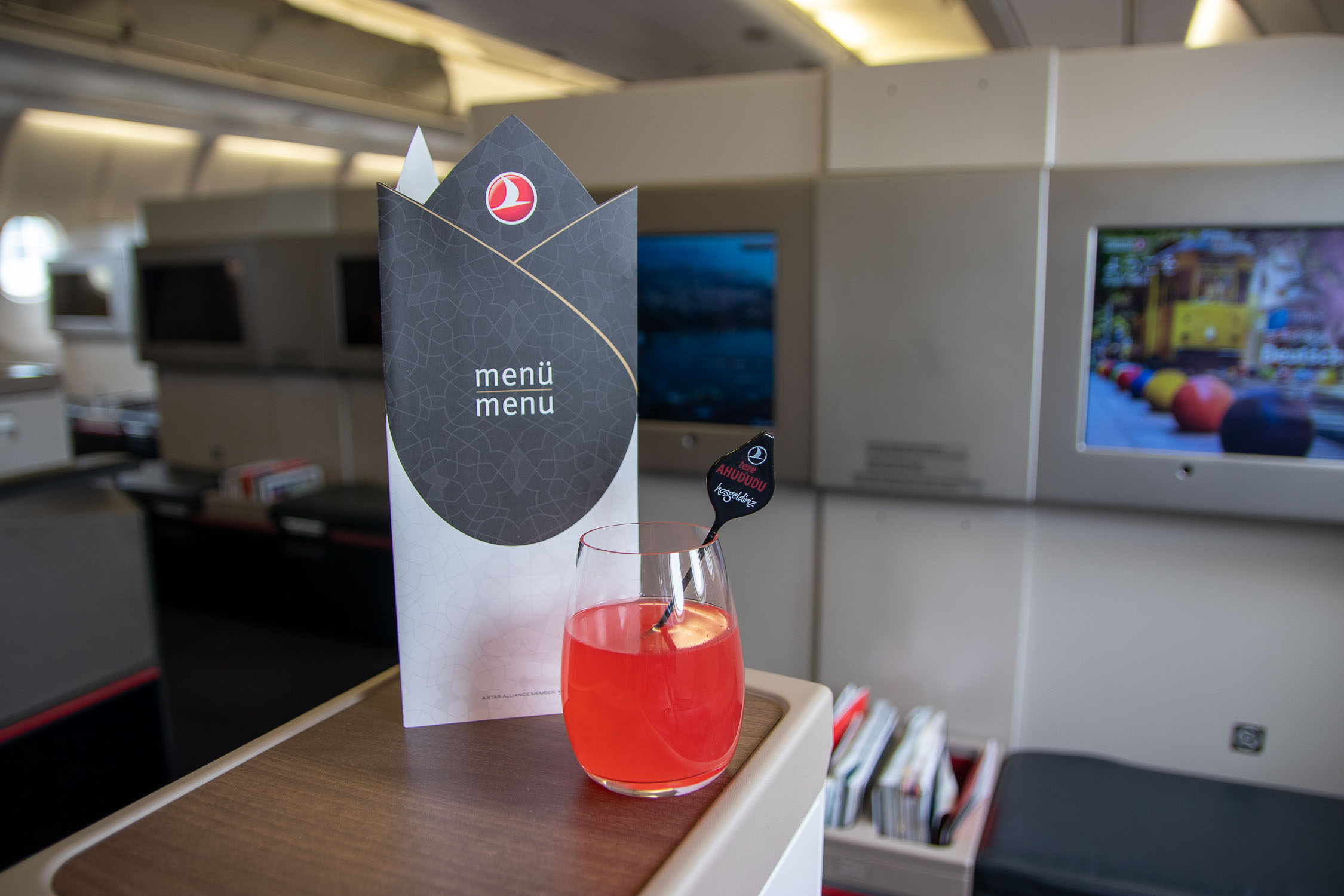 Turkish Airlines A330 Business Class Limonade_