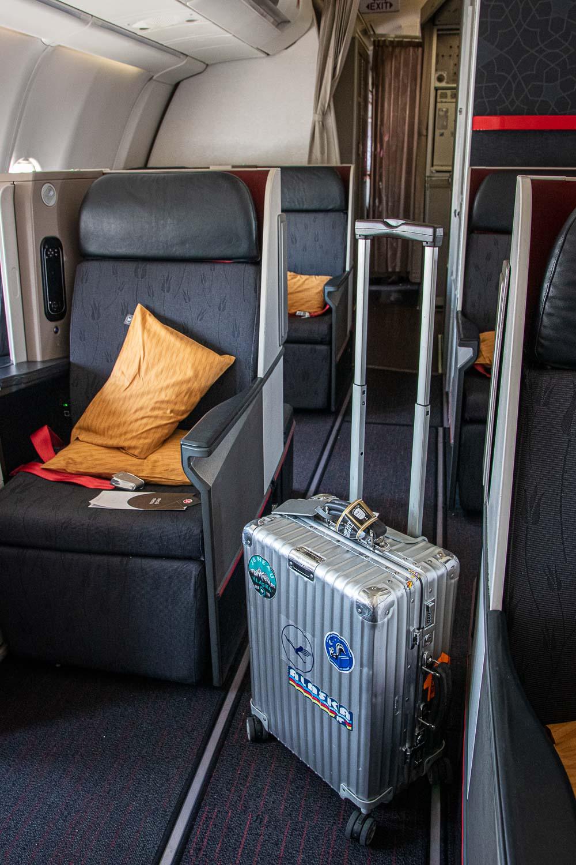 Turkish Airlines A330 Business Class SItz und Kabine-6