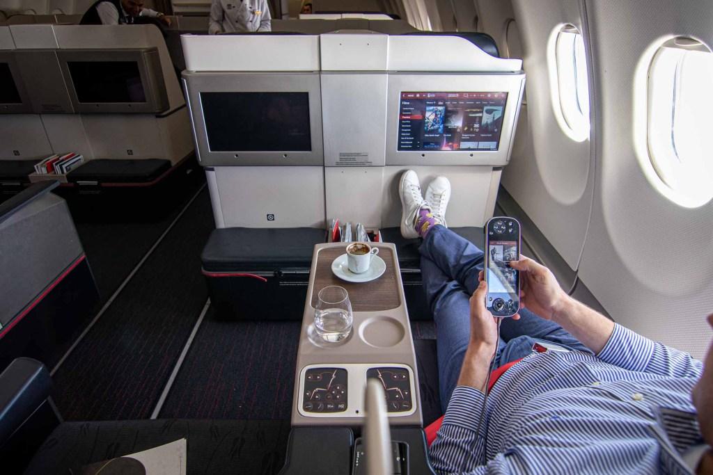 Turkish Airlines A330 Business Class Service Frühstück-5
