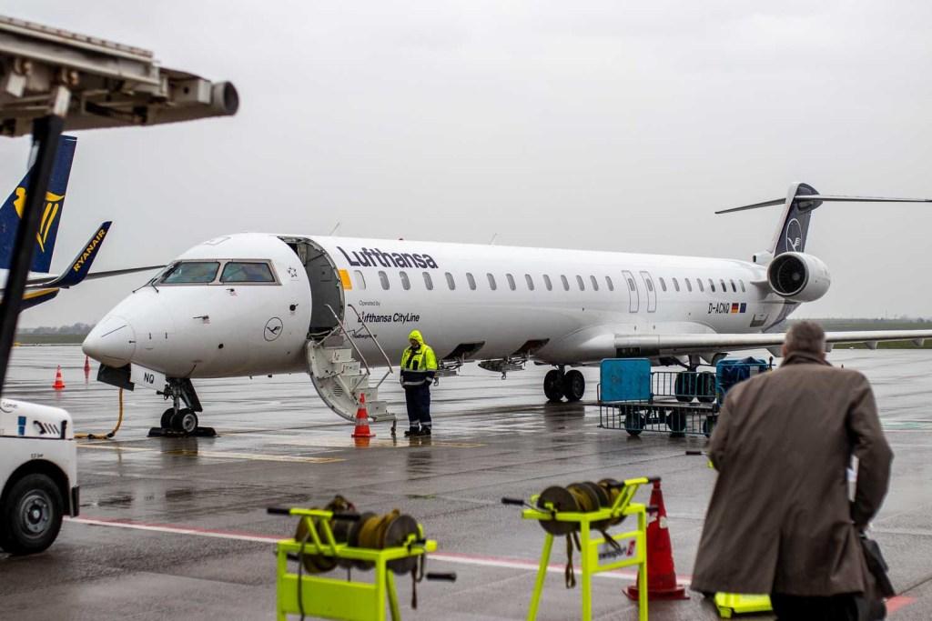 Lufthansa CRJ-900 D-ACNQ Flughafen BER