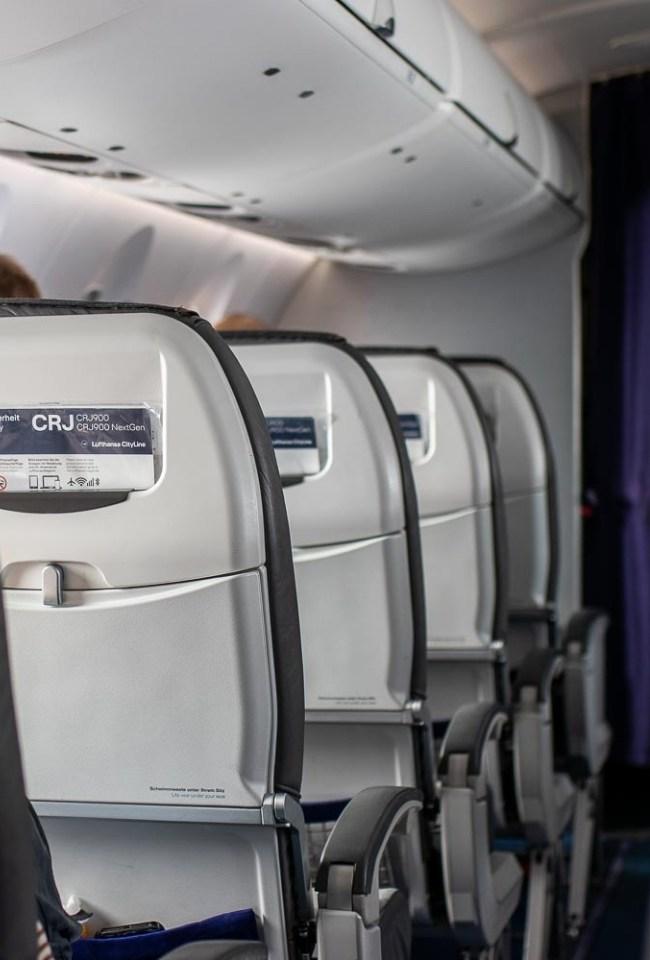 Lufthansa CRJ Business Class Blog List