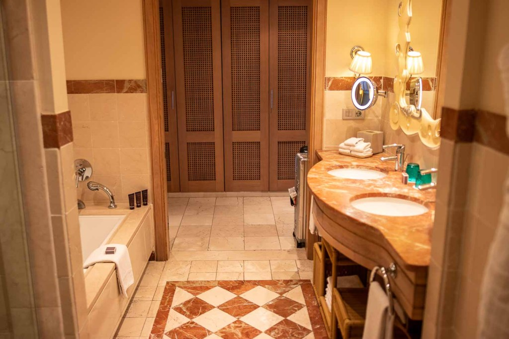 Ritz Carlton Abama Citadel Suite Badezimmer