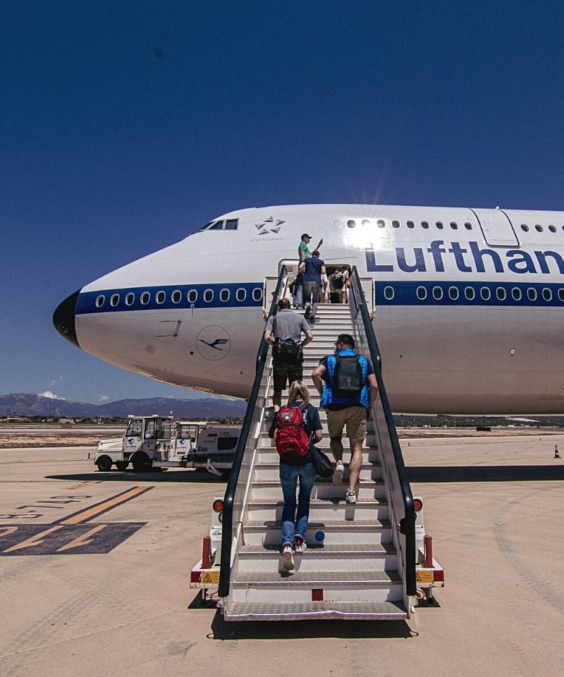 Lufthansa Boeing 747 Palma