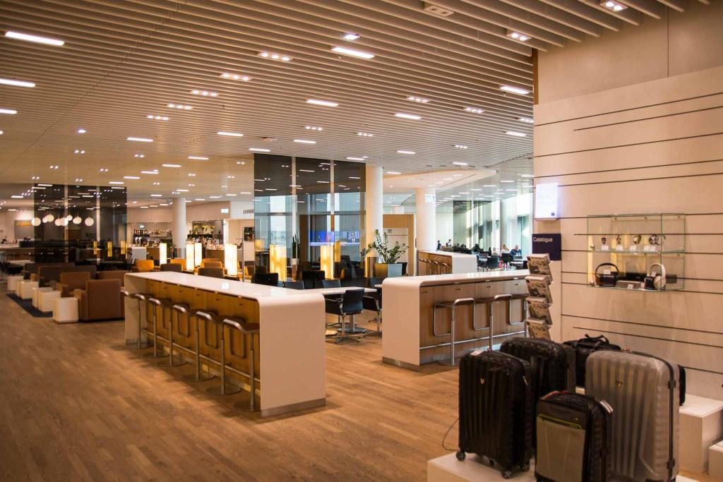 Lufthansa Senator Lounge Frankfurt Z Gates-2