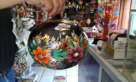 Handmade painted crystal spheres. Photos by Nora Vasconcelos