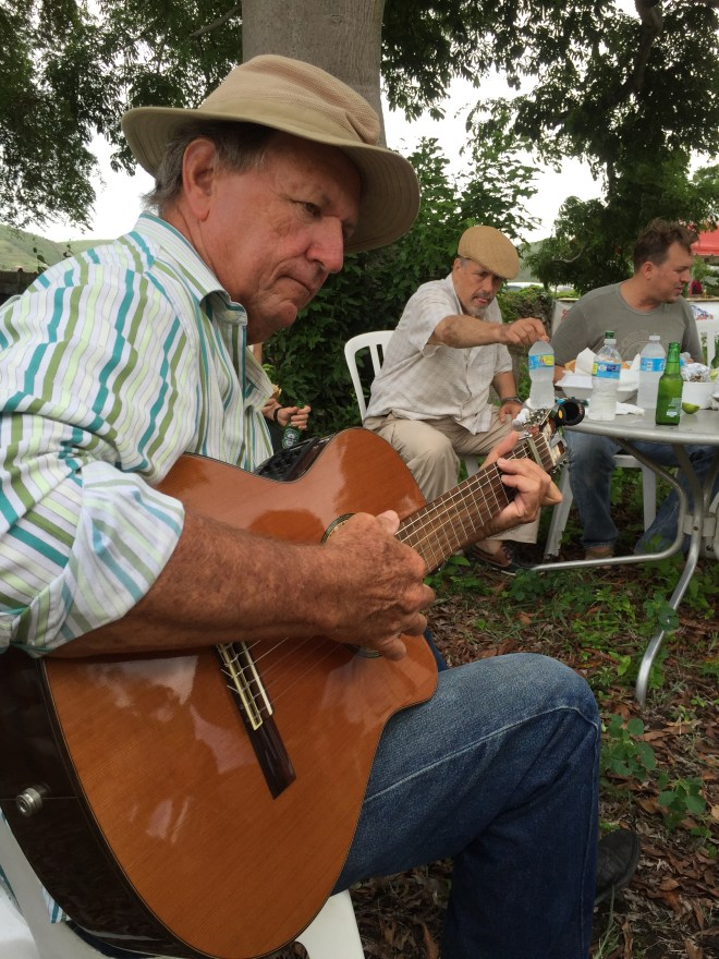 Mr. Jan Beaujon on the guitar