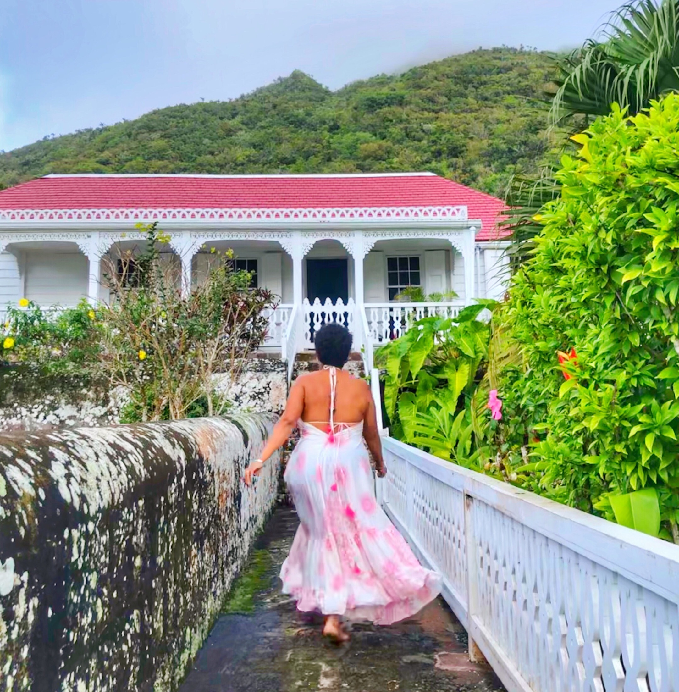 A romantic weekend at the Hidden Garden Cottage on Saba