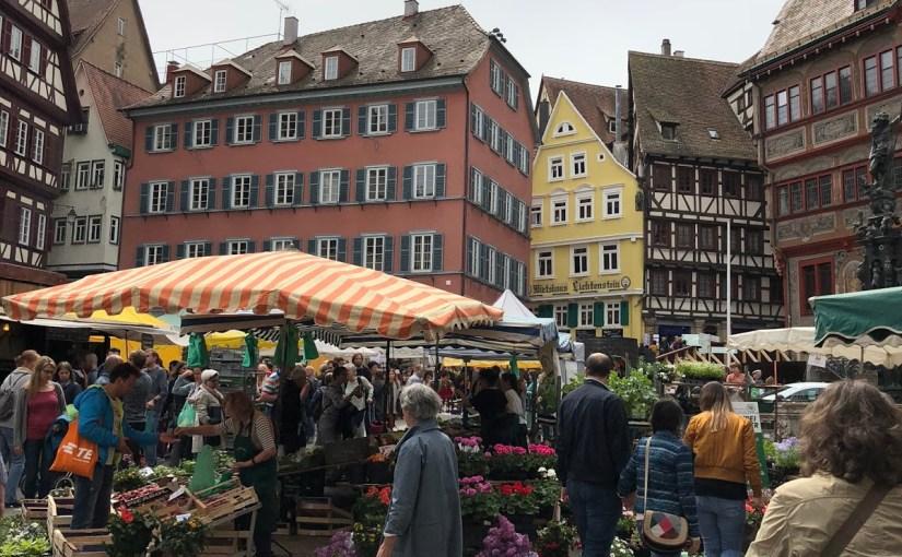 The spring Regionalmarkt in Tübingen