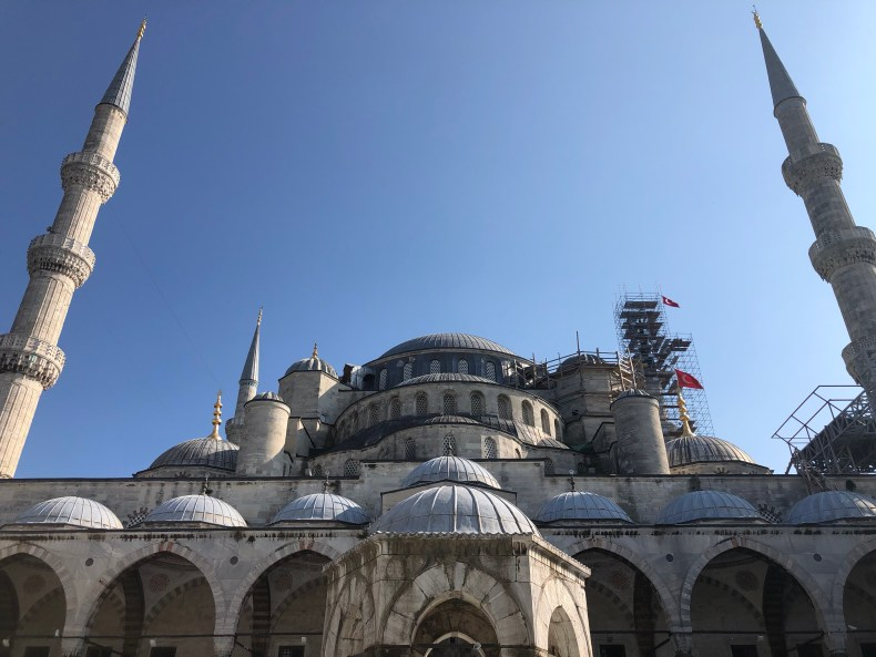 Blue Mosque Istanbul - The Traveling Storygirl