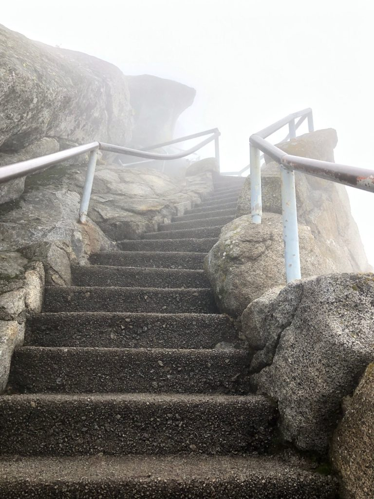 Moro Rock - Sequoia National Park