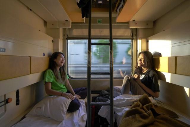 sleeper train interior - eurail pass guide