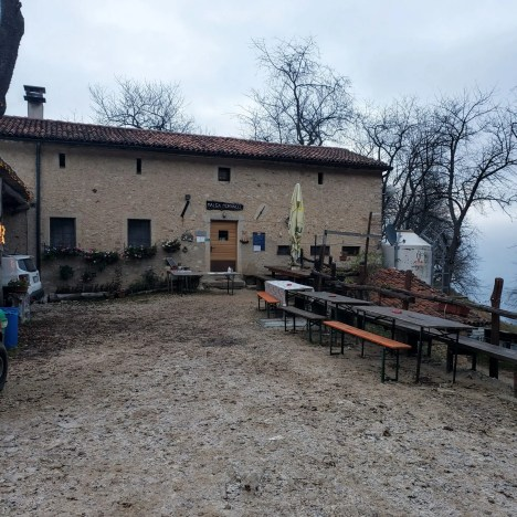 Shop/Restaurant, Sentiero Dei Grandi Alberi, Vicenza Italy 