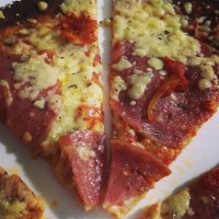 Thin Crust Cauliflower Pizza!