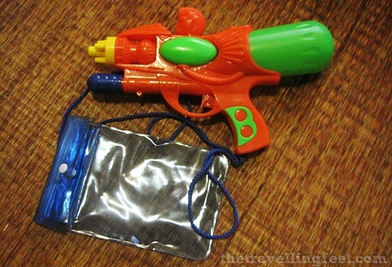 songkran day water guns and waterproof pouch