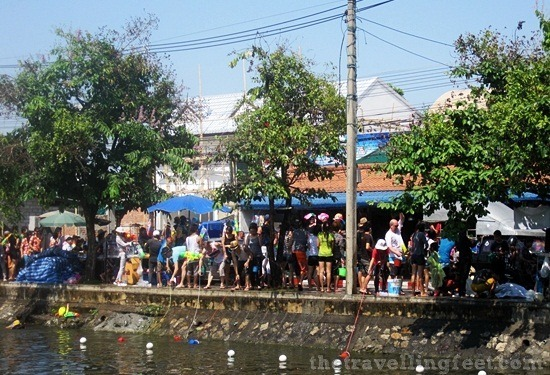thai water festival