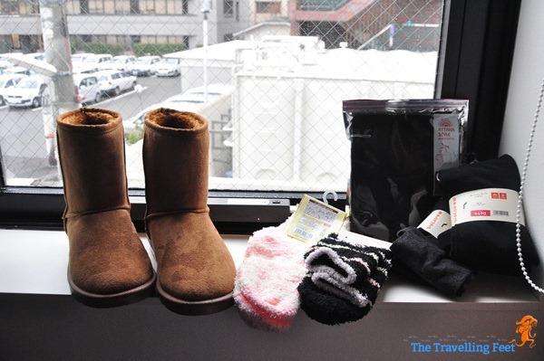 winter accessories in Japan