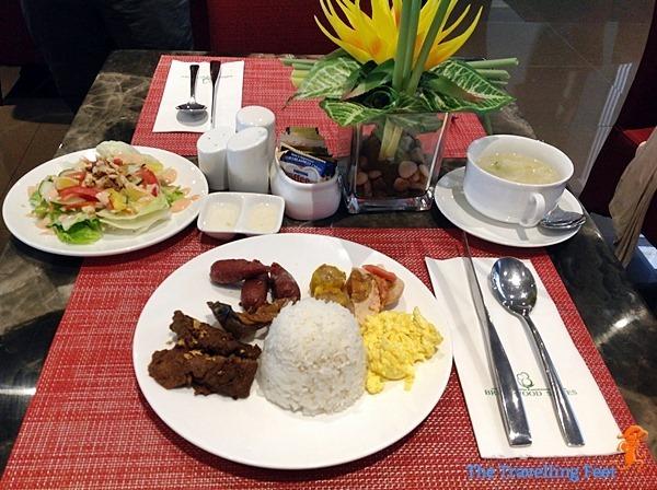 breakfast buffet dishes