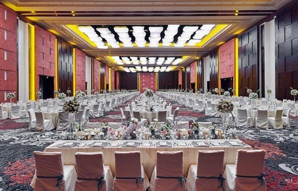 the Grand Ballroom banquet of Marriott Manila
