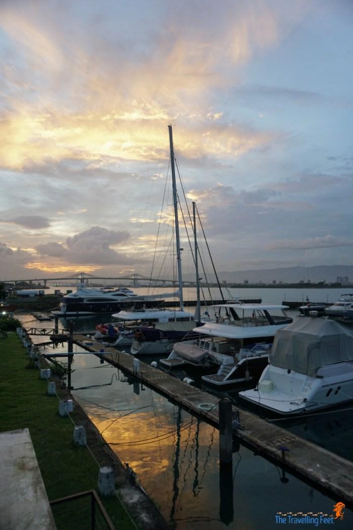 beautiful cebu sunset from yacht club