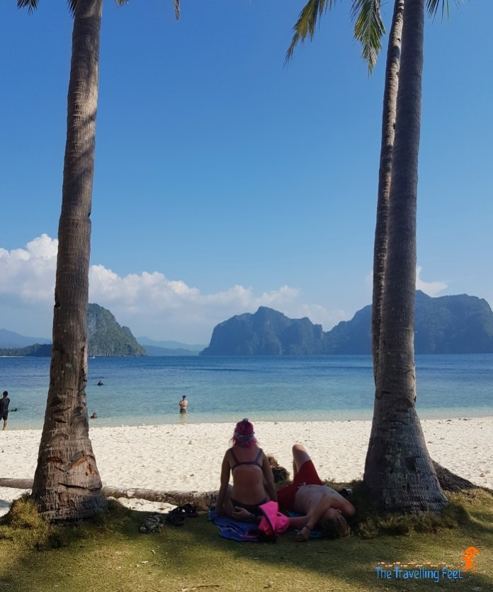 relax and chill in palawan beach