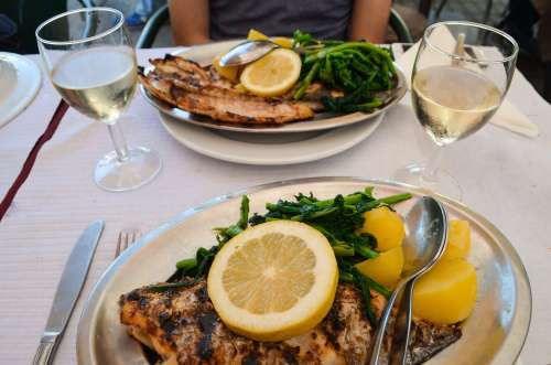 Where to eat - Ultimo porto in Lisbon, Portugal