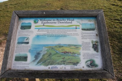 Beach head informational sign