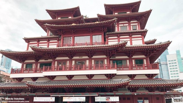 Buddha Tooth Relic Temple and Museum - Chinatown Singapore