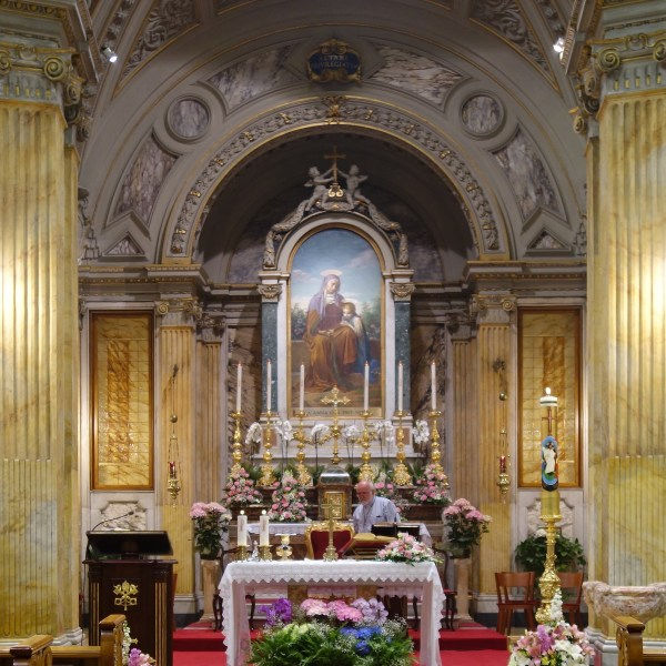 How To Attend English Mass in Vatican City | Rome | The Travel Medley