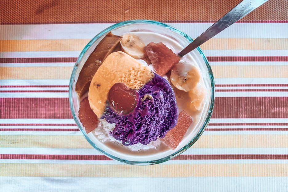 The bright rainbow colours of a Halo Halo dessert, Philippines Travel Budget