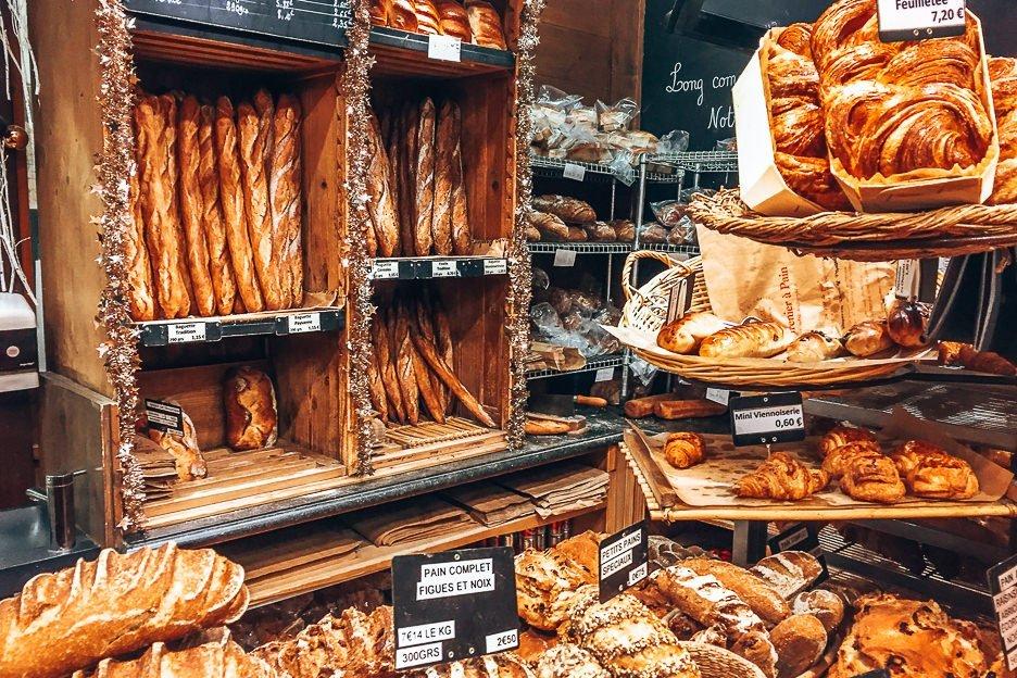 Bread for sale at Le Grenier A Pain, Patisserie in Paris