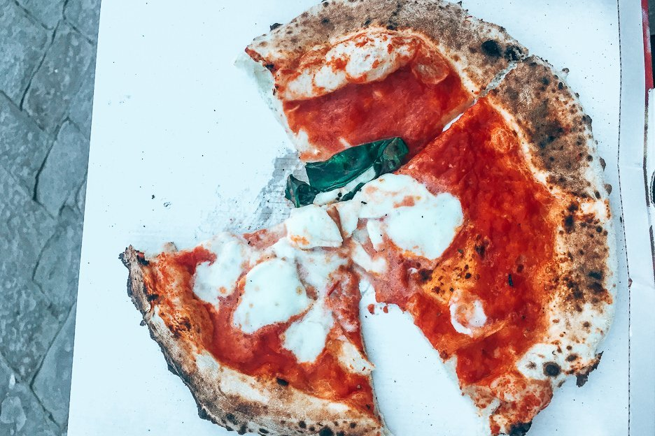 Margherita pizza from Gusto Pizza, Florence
